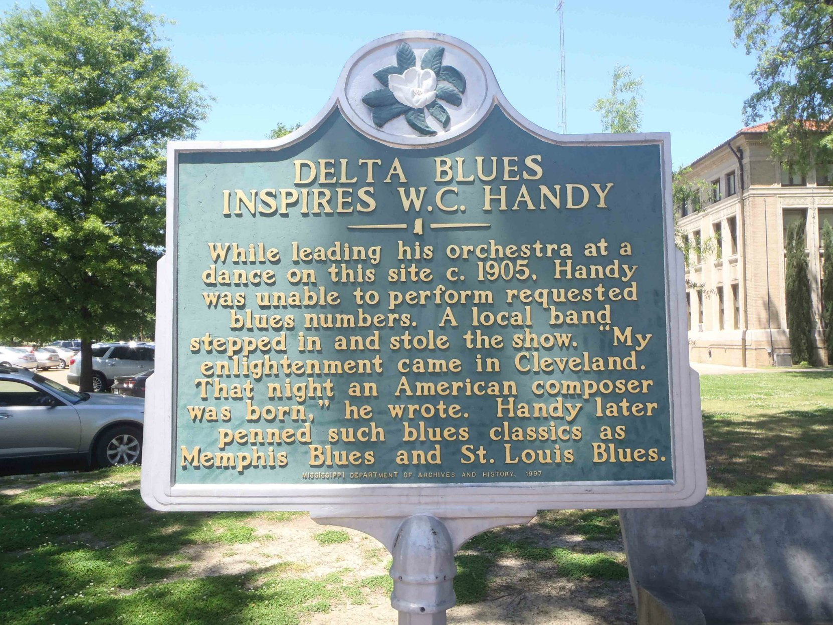 Mississippi Department of Archives & History marker commemorating Delta Blues Inspires W.C. Handy, outside the Bolivar County Courthouse, Cleveland, Mississippi