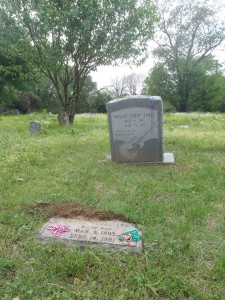 Furry Lewis grave, Hollywood cemetery, Memphis, Tennessee