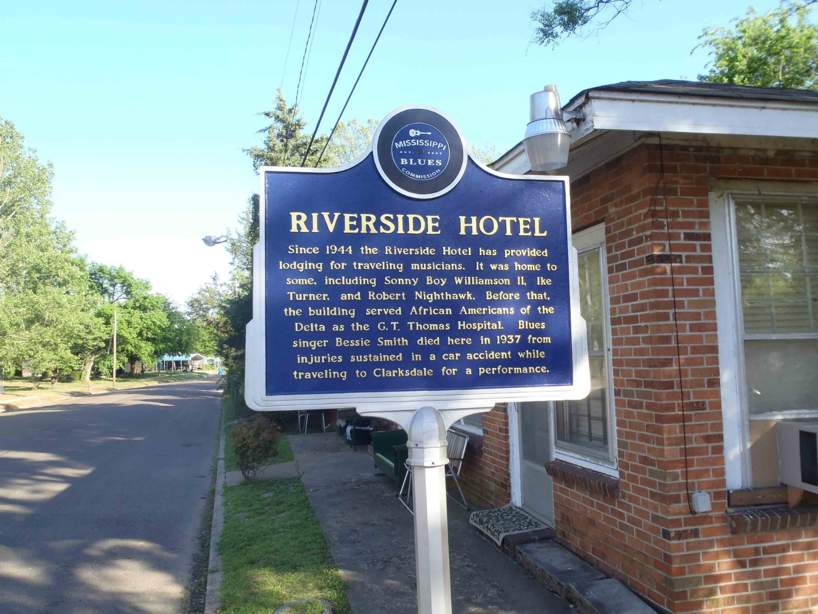 Mississippi Blues Trail marker at Riverside Hotel, Clarksdale, Mississippi