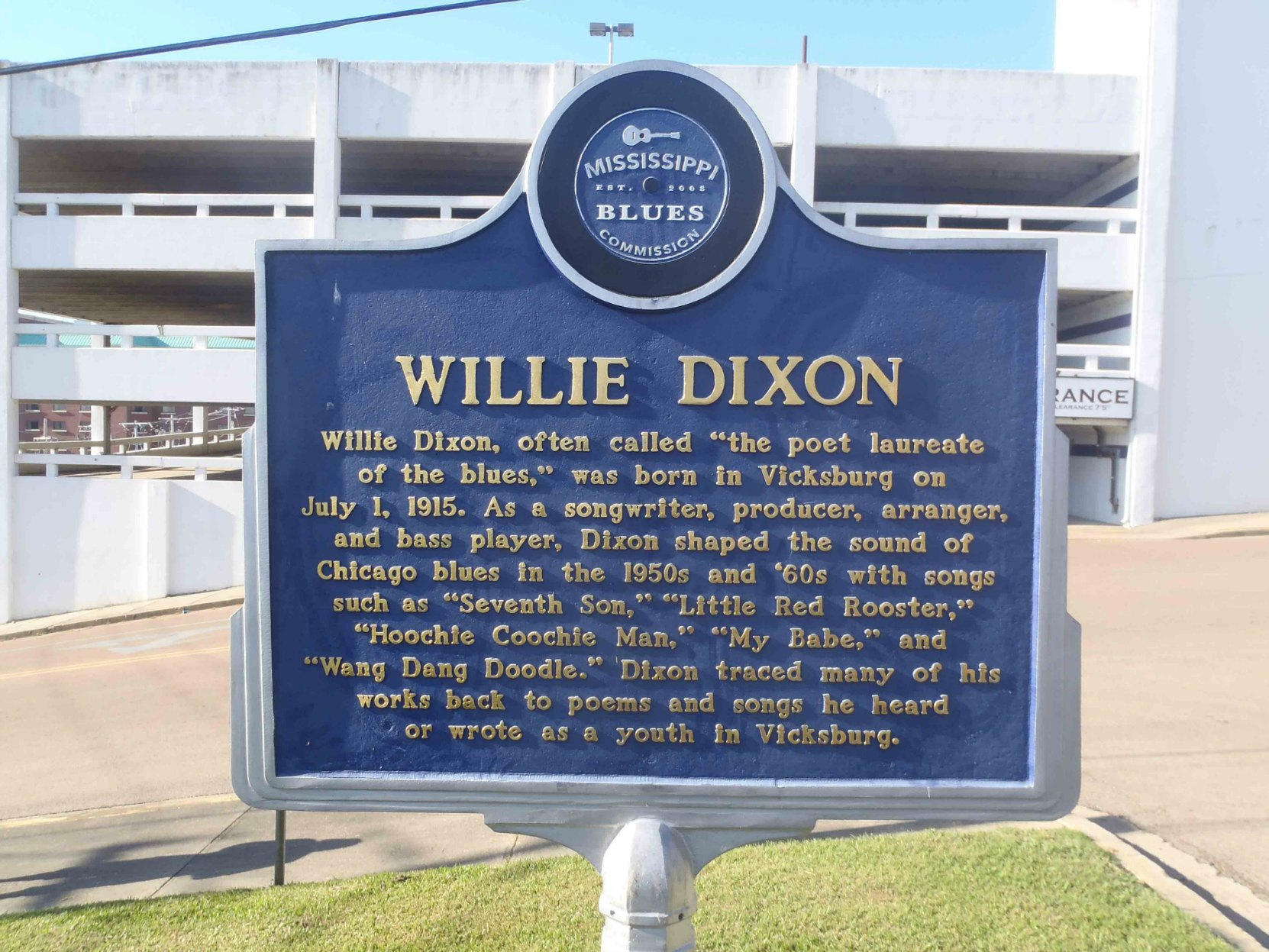 Mississippi Blues Trail marker for Willie Dixon, Vicksburg, Mississippi