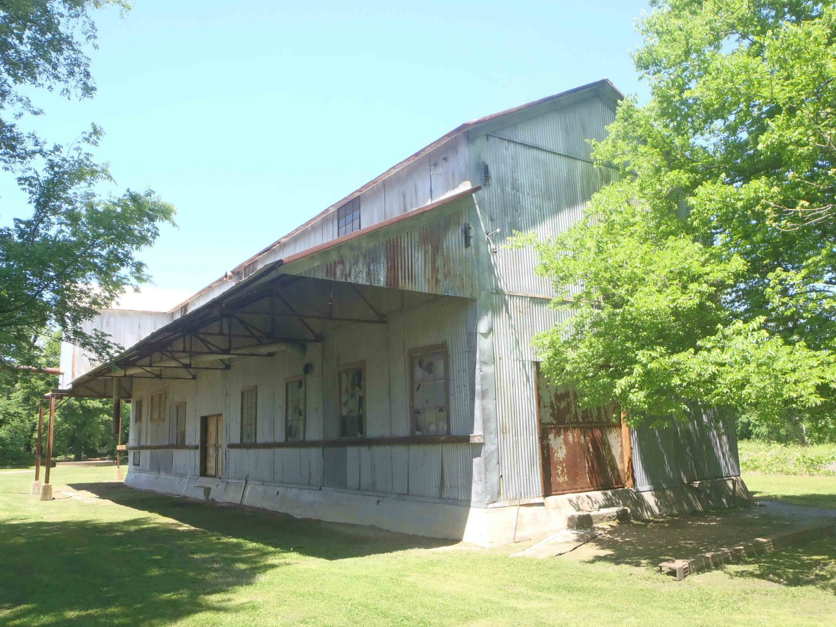 The former cotton gin building, rear view, Dockery Farms, Highway 8, Sunflower County, Mississippi