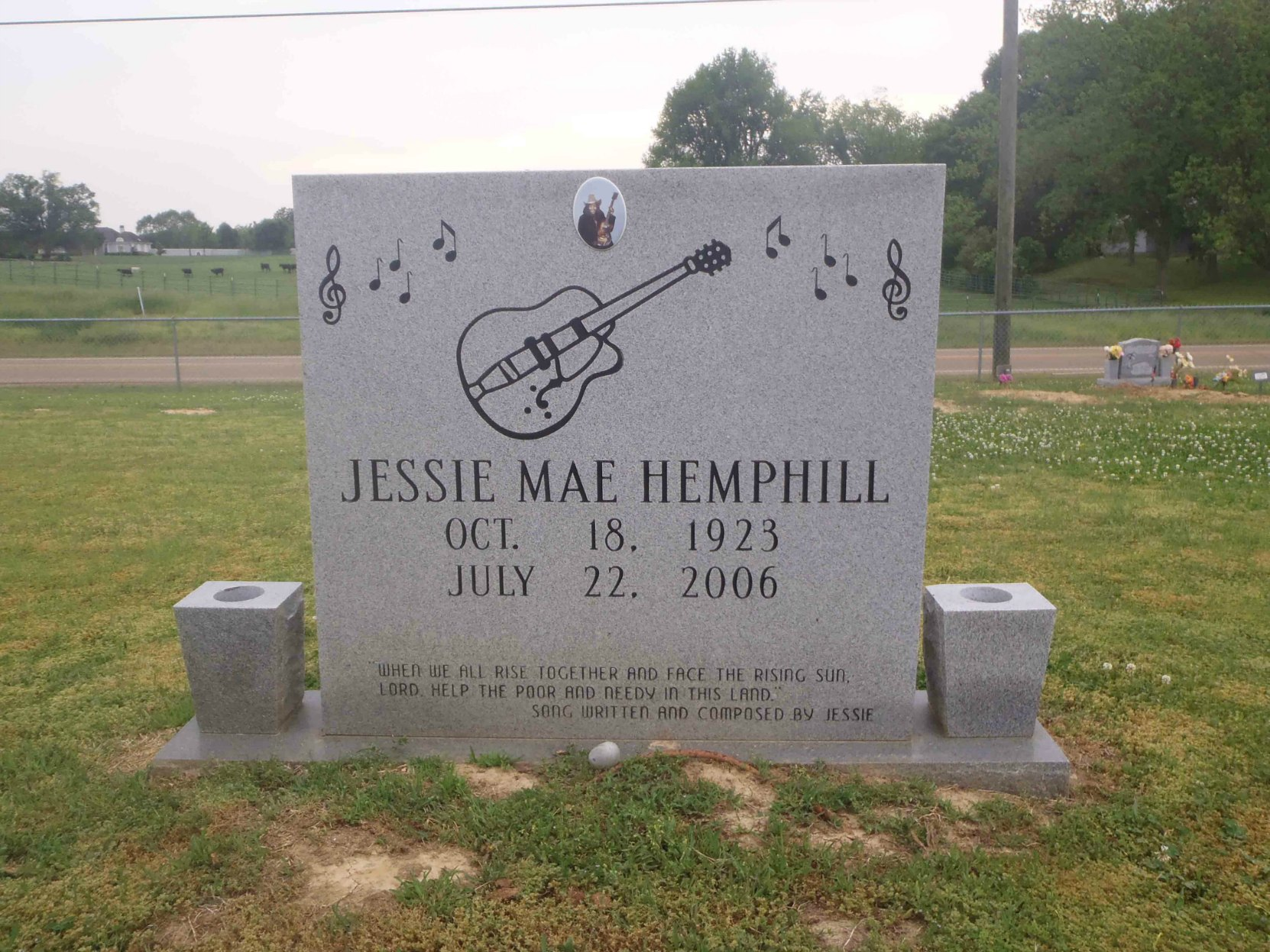 Jessie Mae Hemphill grave, Senatobia Memorial Cemetery, Senatobia, Mississippi.