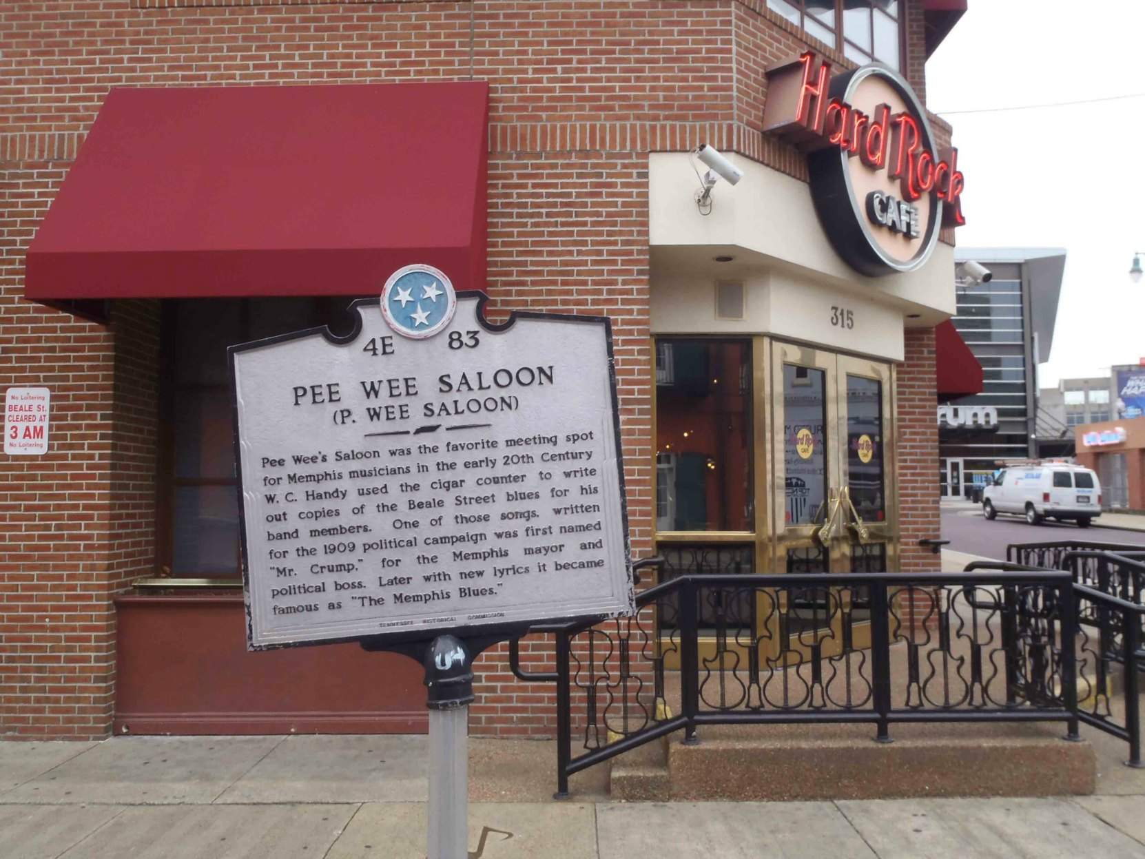 Tennessee Historical Commission marker for Pee Wee Saloon, outside the Hard Rock Cafe on Beale Street, Memphis