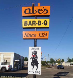 Sign outside Abe's Bar-B-Q, 616 State Street, Clarksdale, Mississippi (photo by MississippiBluesTravellers.com)